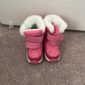 Carters snow boots